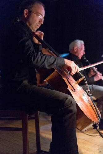 Cello, Klarinette
