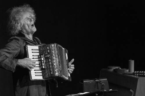 Moritz Stoepel am Akkordeon
