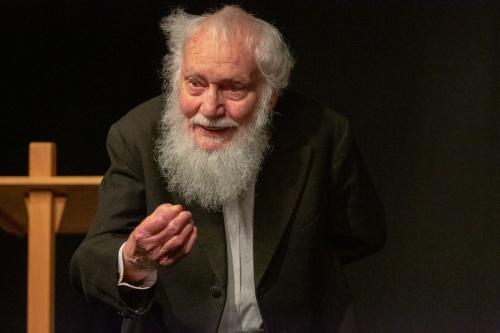 Ernst Pilick rezitiert Franz Kafka, Der Affe als Mensch - ein Mensch als Affe-2