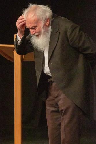 Ernst Pilick rezitiert Franz Kafka, Der Affe als Mensch - ein Mensch als Affe-4