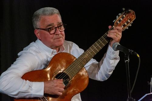 Manuel Salvador da Silva Campos - Gitarre und Gesang-5
