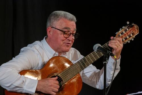 Manuel Salvador da Silva Campos - Gitarre und Gesang-6
