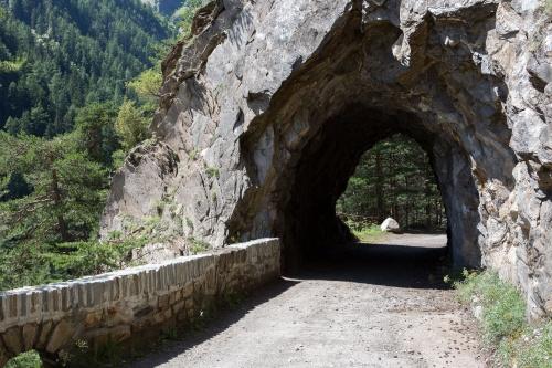 Kurzer Tunnel