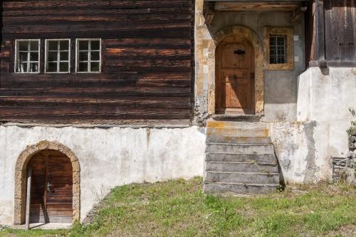 Nr. 4 Kaplaneihaus