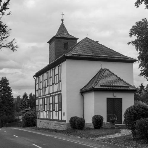 Fachwerk-Kirche in Weimarschmieden-2